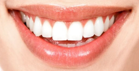 DIY – Whiten Your Teeth At Home