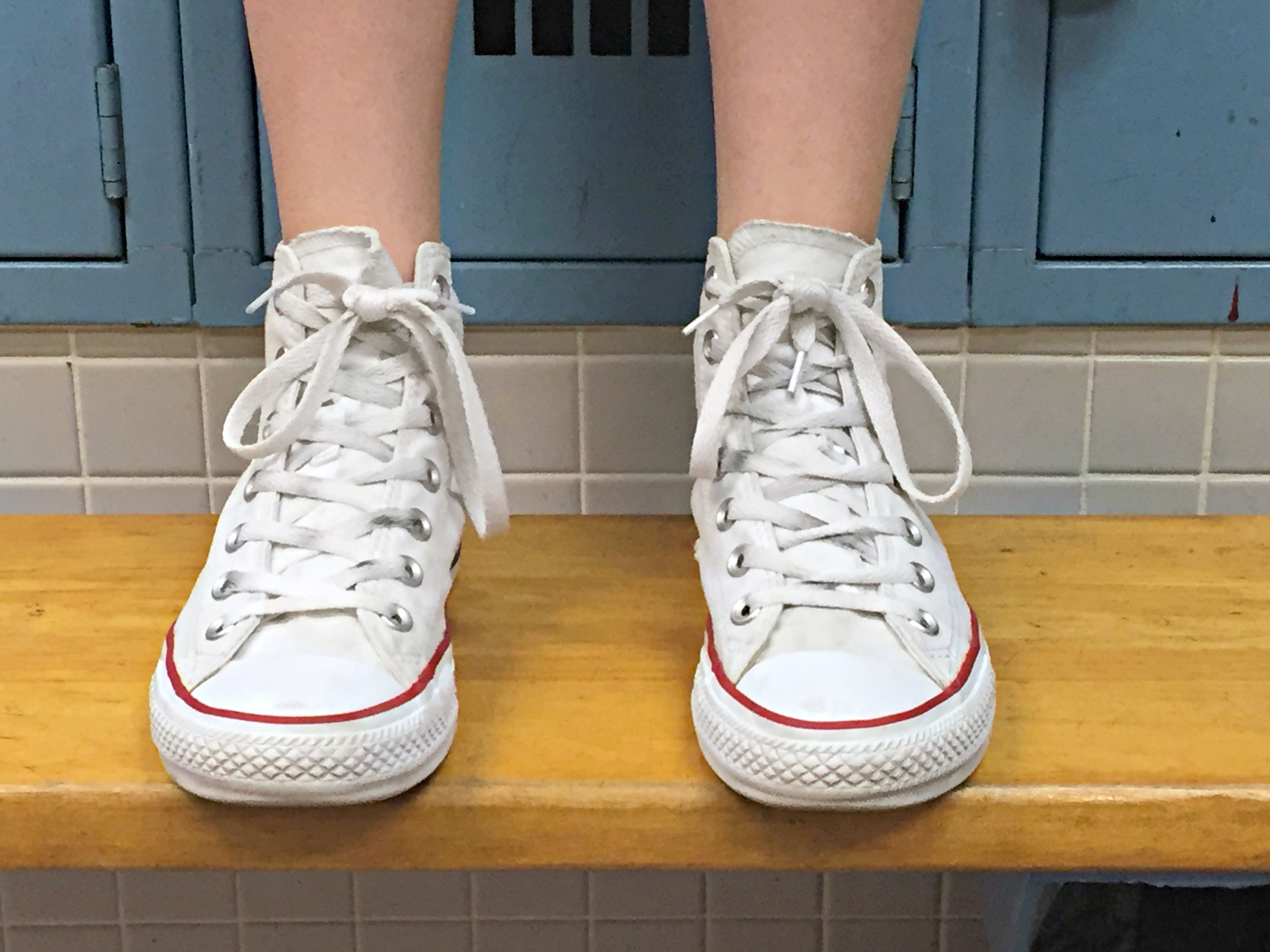 how to get stains out of white keds