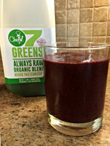 green juice blueberry smoothie