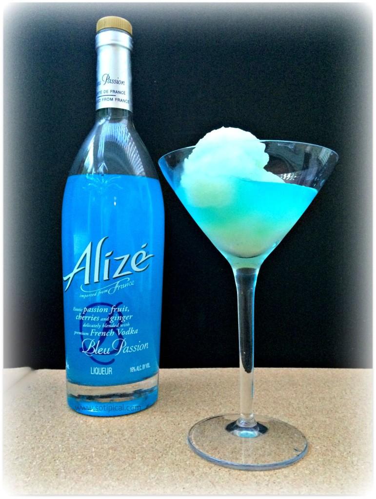 bleu passion sorbet cocktail