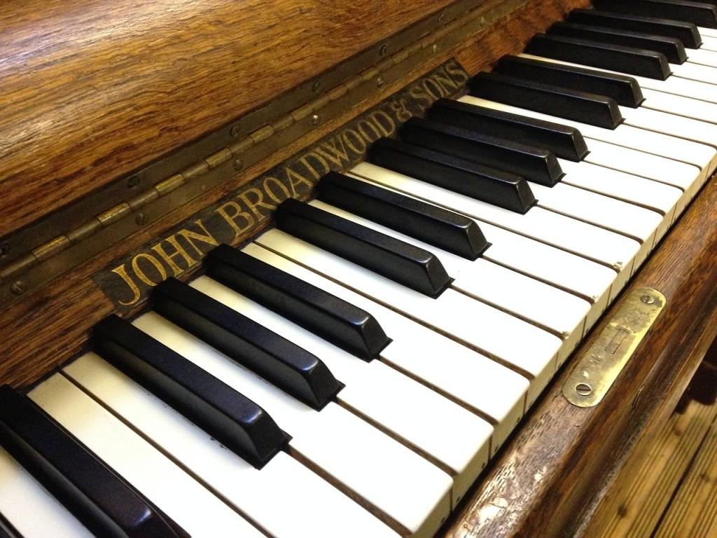 12 effective study tips music