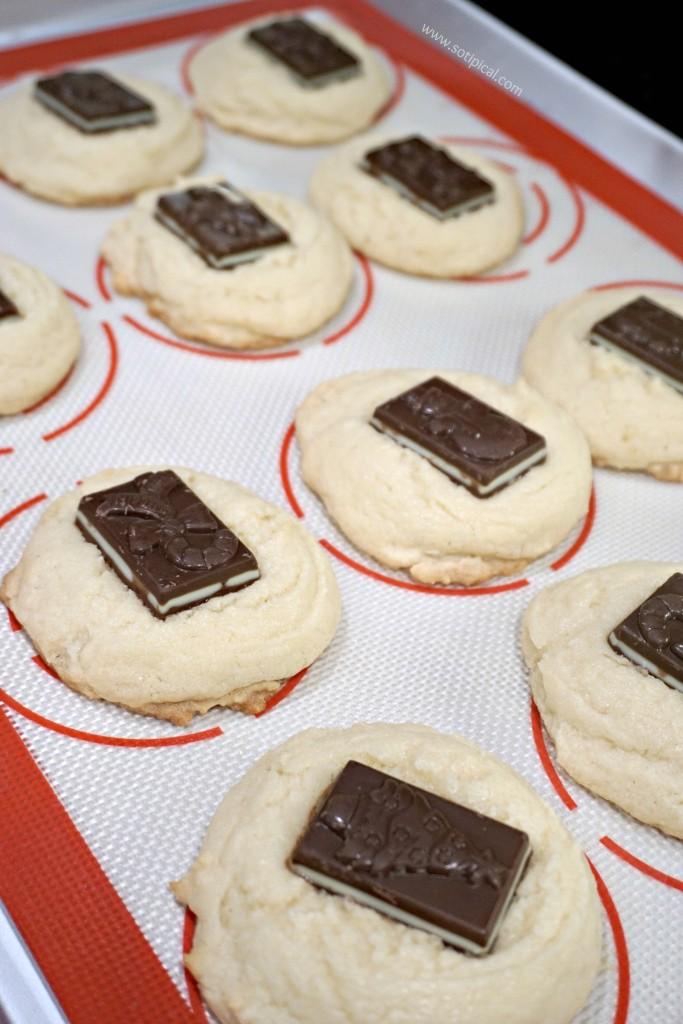 peppermint-bark-cookies-chocolate