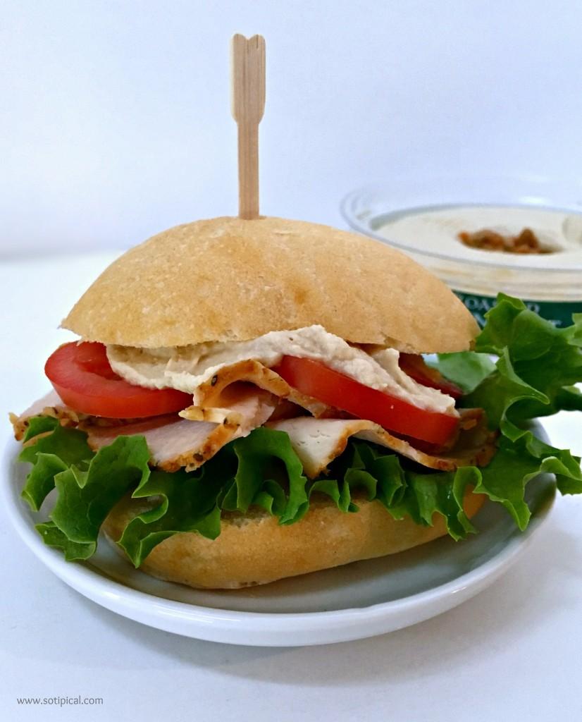 hummus turkey sandwich