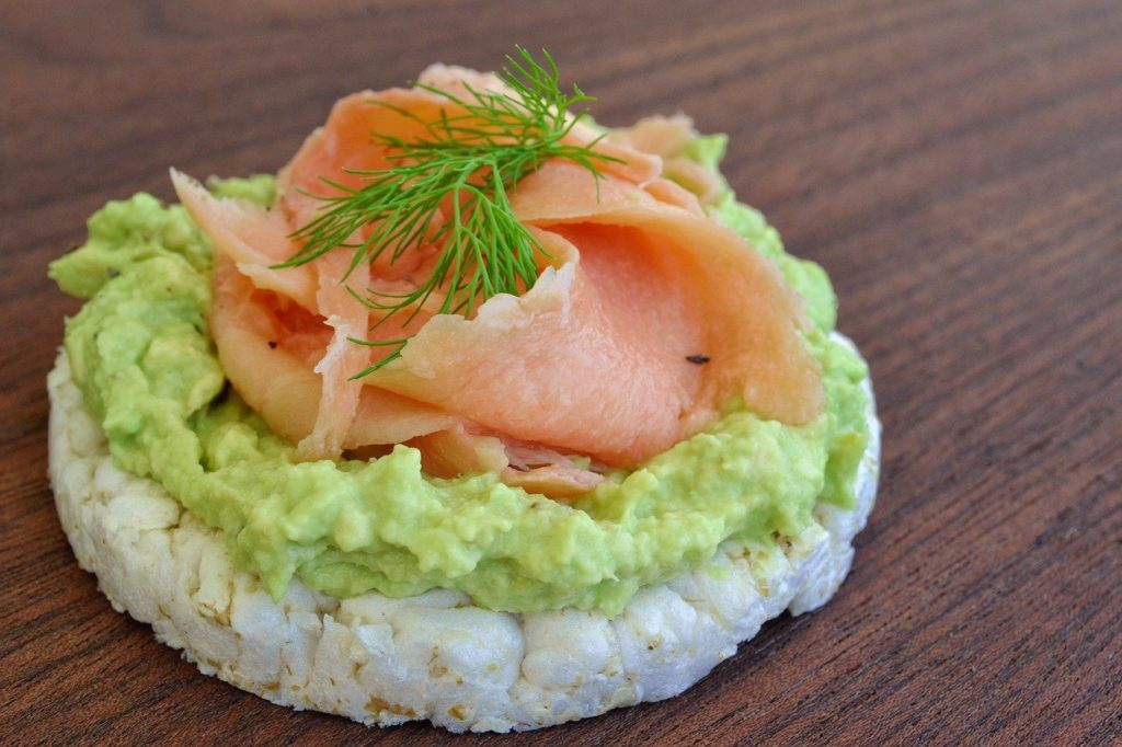 healthy breakfast avocado salmon
